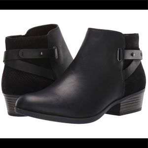 Clark's Addiy Gladys Black Leather Booties